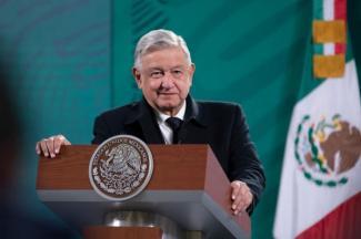 México tiene alternativas para garantizar suministro de energía eléctrica, asegura AMLO