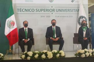 Gradúa UTP a mil 302 Técnicos Universitarios