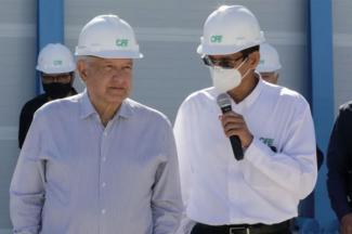Anuncia AMLO plan de modernización de plantas eléctricas