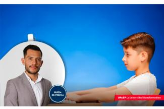 Los padres de familia deben checar la ergonomía para los niños durante sus clases en línea