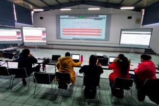 Orienta Secretaría de Educación a más de mil personas en procesos de inscripción