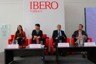 """""""Despidos injustificados y reducción unilateral de salarios son ilegales"""": académico IBERO"""