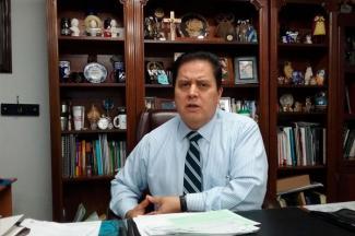 Solicitan padres de familia de escuela incorporadas fondo concursables de becas