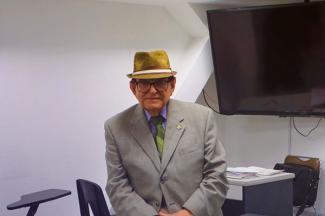 La tecnología de punta permite actualizarnos y continuar con nuestro trabajo: Heriberto Arista, profesor de 94 años