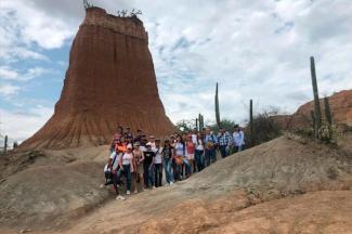 UPAEP imparte curso sobre recursos naturales y auditoría ambiental en Colombia