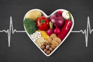 Alimentación balanceada y estilos de vida saludables protegen tu corazón