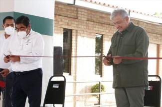 Inaugura AMLO Universidad del Bienestar en Zinacatepec