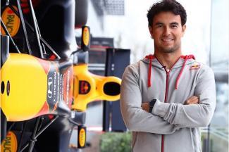 'Checo' ya trabaja con el equipo de Red Bull