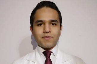 Químico de la UVM, investiga novedoso tratamiento para la Enfermedad de Crohn